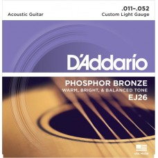 D'Addario EJ26 Custom Light.