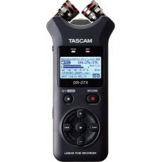Tascam DR-07X 24-bit/96kHz, portabel opptaker med justerbare kondensatormikrofoner