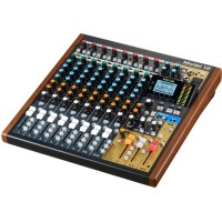Tascam Model 12 12-kanals Mixer / Interface /  Recorder / Controller